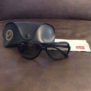 Ray -Ban black sunglasses